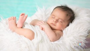 Newborn Photography by Little Stories