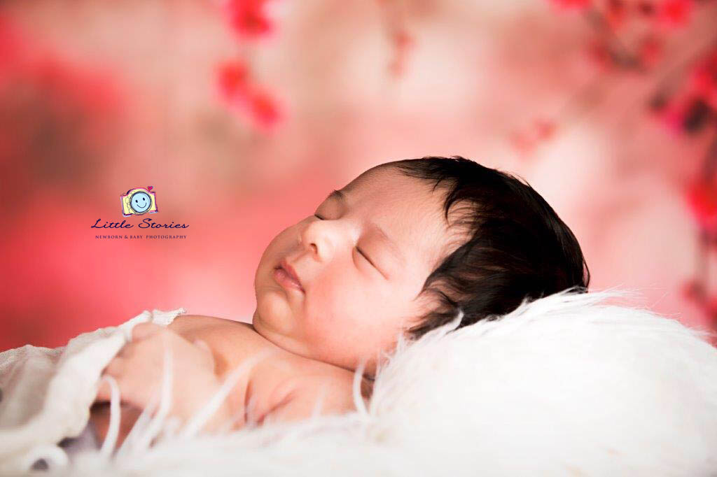 Pure newborn photography by little stories newborn baby photo shoots delhi