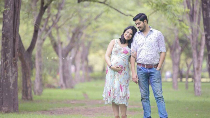 Maternity & Pregnancy Photo Shoots in Noida Delhi Gurugram